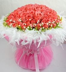 101朵粉玫瑰