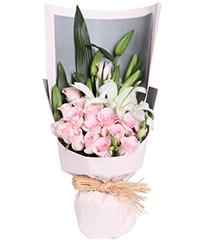 絮语:粉佳人粉玫瑰16枝,多头百合2枝