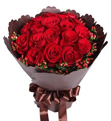 念念不忘:红玫瑰19枝,红豆10枝