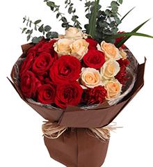 思绪:红玫瑰11枝,香槟8枝,凤尾3枝