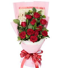 牵手情:11枝红玫瑰,5寸小熊一只