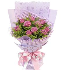 十全十美:10枝紫玫瑰