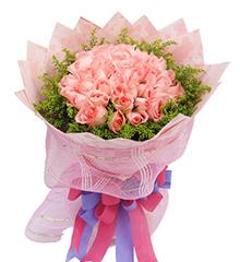 粉色浪漫:50枝粉玫瑰