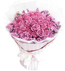 紫色恋曲:33枝紫玫瑰