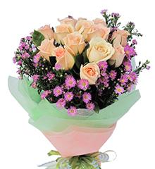 清风雅韵:12枝香槟玫瑰