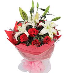 爱在身边:16枝红玫瑰,2枝多头白香水百合