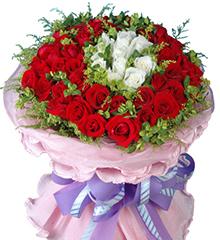 幸福的理由:白玫瑰10枝,40枝红玫瑰