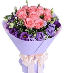 依靠:戴安娜粉玫瑰12枝,紫色桔梗5枝