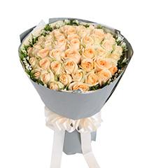 夏之物语:香槟玫瑰50枝
