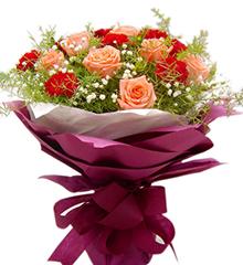 唯一依偎:红康乃馨9枝,粉色玫瑰12枝