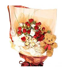 童话故事:红玫瑰20枝,金莎(或费列罗)巧克力5个,5寸小熊一只。