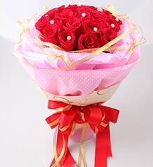 转角的幸福:21朵红玫瑰