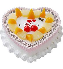 深深爱恋:心形鲜奶水果蛋糕,时令水果装饰