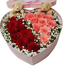 美丽爱恋:19玫瑰混搭花盒