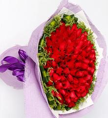 当爱在靠近:红玫瑰99枝花束