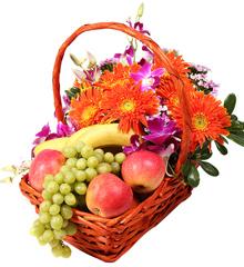 香满中秋:水果果篮鲜花速递