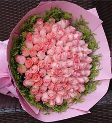 暖暖初心:99枝粉玫瑰花束