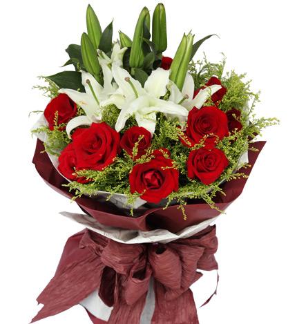 缘份:11枝红玫瑰,2枝白香水百合