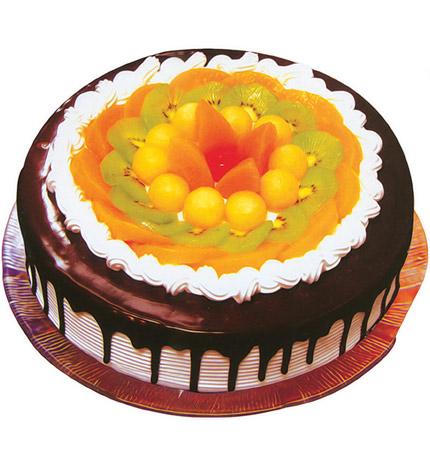 情话:圆形水果巧克力蛋糕