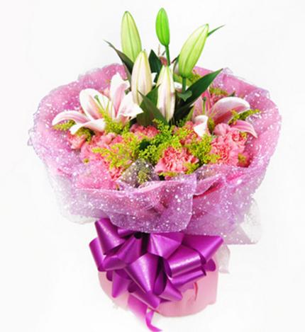 感觉幸福:19支粉色康乃馨